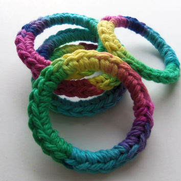 5 Cat Toys Toy Rings, Ferret Toy - Calypso - Blue Green Yellow Pink Purple, Handmade, Crocheted, Recycled Rings