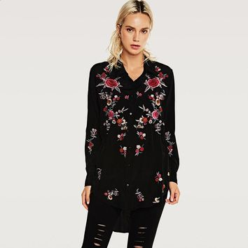 2017 Autumn Chic Floral Embroidered Women Blouses Black Cotton Femme Blusa Winter Long sleeve shirt tops Casual chemise femme