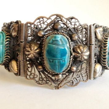 Stunning Art Deco Egyptian Sterling Silver Filigree Cannetille Scarab Turquoise Clay Vintage Bracelet
