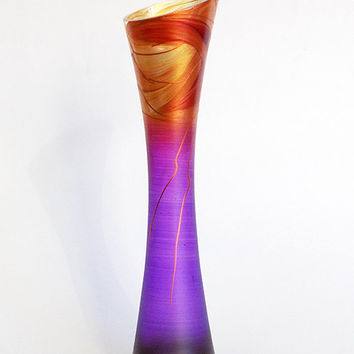 Elegant purple glass vase. Hand painted vase. Gift for her. Wedding vase. Birthday vase. Frost purple. Home decor. Mother's day gift. Vase.