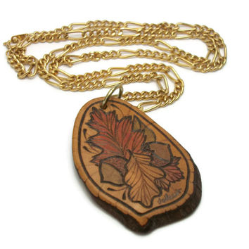 Wood Burned Autumn Leaves and Acorns Pendant Necklace - Vintage Wooden Hand Etched Engraved Wood Slice Fall Jewelry 24 inch Gold Tone Chain