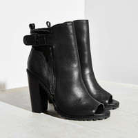 Kelsi Dagger Brooklyn Lakeside Heeled Ankle Boot - Urban Outfitters