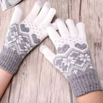 Snowflake Knitted Gloves/Mittens