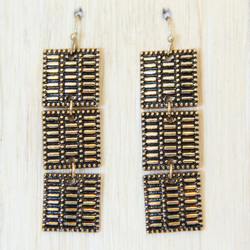 Constance Earrings In Brass Gold