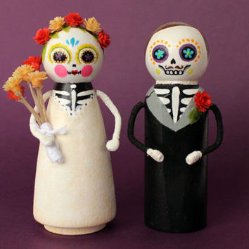 Custom Day of the Dead Wedding Cake Topper, Portrait Hand Painted Dia de los Muertos Cake Topper, Personalized Sugar Skulls Bride & Groom