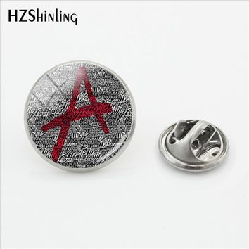 2018 New Pretty Little Liars A Logo Butterfly Stainless Steel Stainless Steel Clasp Pin Glass Cabochon Fashion Jewelry