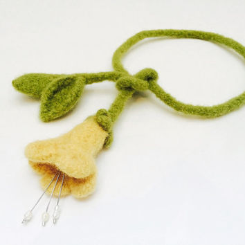 Felted flower necklace, Essential oil diffuser necklace, aromatherapy necklace, Felted necklace, oil diffuser, green and yellow necklace