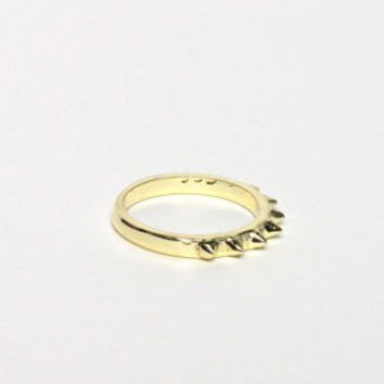 Mini Knuckle Spike Ring in Gold