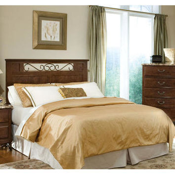 Standard Furniture Santa Cruz 2 Piece Panel Bedroom Set in Cherry