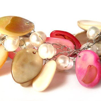 Mother of Pearl, Freshwater pearl Crochet Wire Bracelet, White and Pink