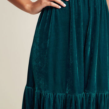 Effortless Decadence Velvet Midi Dress