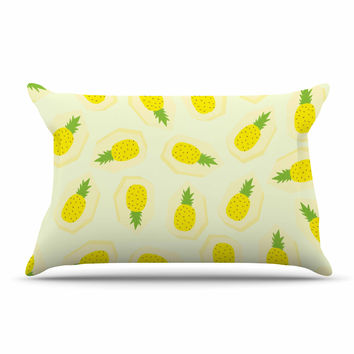 "Strawberringo ""Pineapple Pattern"" Yellow Fruit Pillow Sham"