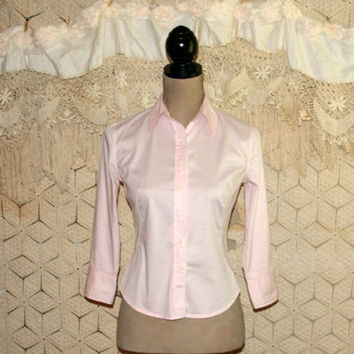 Light Pink Blouse Preppy Casual Women Tailored Shirt Long Sleeve Button Up Top Pink Shirt Banana Republic Size 0 Size 2 XS Womens Clothing