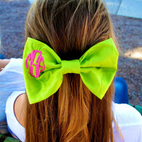 Monogrammed Hair Bow with Circle Monogram by HannahArielBows