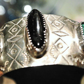 Vintage Malachite Cuff Black Onyx Native American Cuff 1950s 50s Mid Century Tribal Ethnic Southwestern Hand Crafted Mixed Metals BOHO Cuff