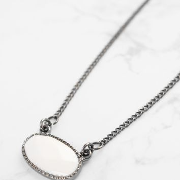 Leila | White Oval Geo Necklace