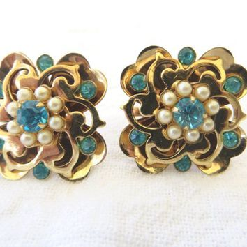 Vintage Screw Back Earrings  Aquamarine Rhinestone Pearl Floral Earrings 1940's Vintage Jewelry