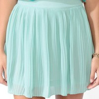 Knife Pleated Skirt x Forever 21