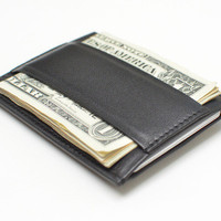 Minimalist™ by CAPSULE™: The Definitive Essentials Wallet