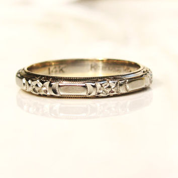 Vintage Keepsake Wedding Ring 14K White Gold Floral Design Ladies Wedding Band Stacking Ring Size 5.5!