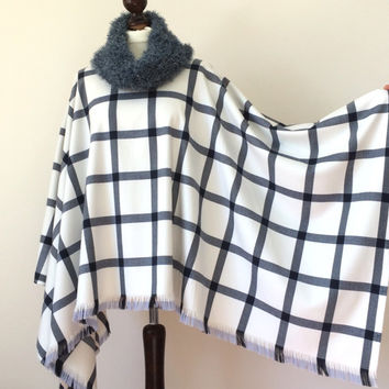 Boho Poncho, Plaid Tartan Poncho, Oversize Cotton Cape, Women Outwear, Capelet with Cowl, Fluffy Knit Cowl, Tassel Cape, Women's Gift