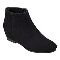 Nine West: Towsley Round Toe Booties