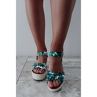 RESTOCK: In The Palms Wedges: Multi