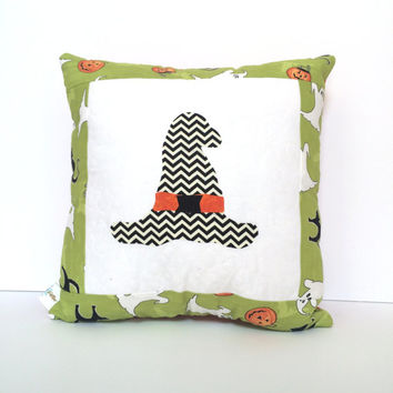 Quilted Halloween Pillow, witches hat pillow