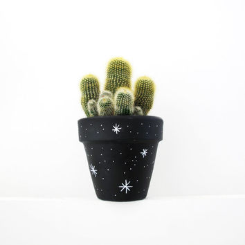 Hand Painted Stars Plant Pot - 11cm