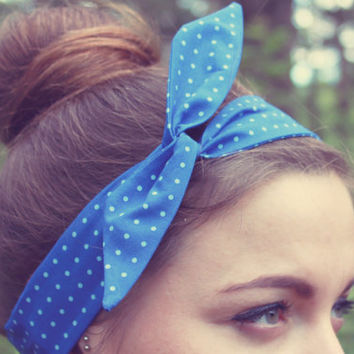 SUMMER SALE - 20% OFF. Polka Dot Wire Headband.  Blue Twist Scarf. Dolly Bow Hair Wrap. Pinup Headband.