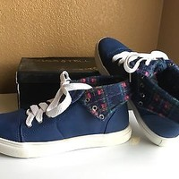 Navy Blue Hi-Top Sneakers With Plaid Lining By Kids & Tell Size 7.5
