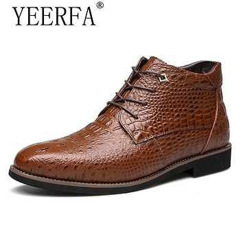 YIERFA New Winter Fashion Crocodile Style Men Leather Boots Super Warm male Winter Shoes Waterproof Snow Boots Big Size 38-46