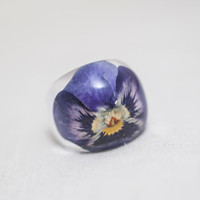 "Resin ring with purple flower ""Viola"". Epoxy resin jewelry. Cocktail ring. Ring size (US) 7,5"