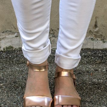 Laid Back Sandals - Rose Gold