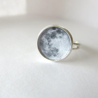 Full Moon Ring - Resin Jewelry - Astronomy Ring - Statement Jewelry