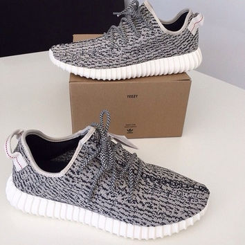 """Fashion """"Adidas"""" Yeezy Boost Solid color Leisure Sports shoes gray black dots"""