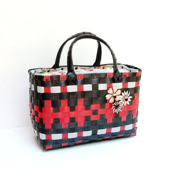The Cutest Bag- Red Black White