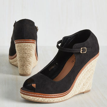 You Know the Espadrille Wedge in Black | Mod Retro Vintage Heels | ModCloth.com