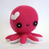 Hot pink Love octopus plush  4 by jaynedanger on Etsy