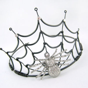 The Black Widow - Black Spiderweb Evil Halloween Queen Crown