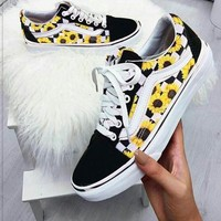 Vans Classics Old Skool Small Daisy Sport Running Sneaker Shoes