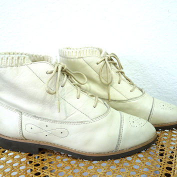 Vintage 80s Ankle Boots| Knit Cuff White Leather Oxford Lace Up Granny Booties Women 7