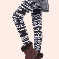 Black Snowflake and Deer Print Velvet Leggings