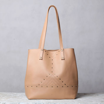 Nude leather tote bag. beige leather shoulder bag.