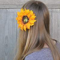 Felted sunflower hair pin or brooch, two in one, hair accessories, felted jewelry, flower pin. Perfect gift.