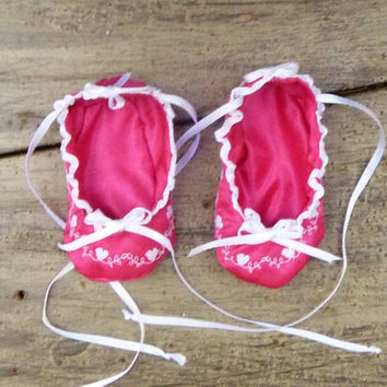 Newborn Infant Pink Satin Baby Booties with Decorative Heart Stitching