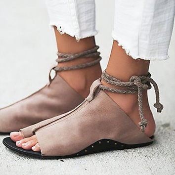 Free People Cherry Valley Sandal - Taupe