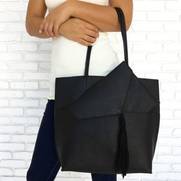 Struck By You Tote Handbag in Black