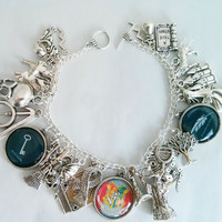 Harry Potter charm bracelet - Hogwarts crest and spells