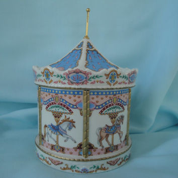 Carousel Music Box/Princeton Gallery Carousel Music Box/1992
